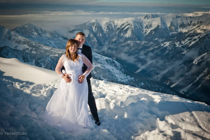 Zdjecia ślubne w górach zima Kasprowy Wierch Zakopane Tatry