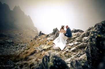 Plener ślubny tatry Slowackie zdjęcia ślubne w górach sesja w plenerze fotograf zakopane